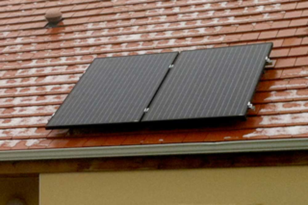 Pose en sur toiture kit photovoltaique avec clips eco for Pose de panneaux solaires sur toiture